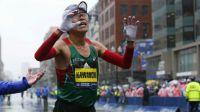 Un japonés y una estadounidense vencen el Maratón de Bostón
