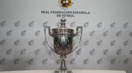 La RFEF hace entrega al Atlético de Madrid de la 'Copa Presidente'