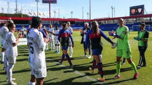 La RFEF entrega la Copa de campeón de Primera Iberdrola al FC Barcelona
