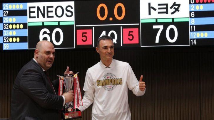 Selección Femenina de Baloncesto: Lucas Mondelo agranda su leyenda con una histórica liga en Japón