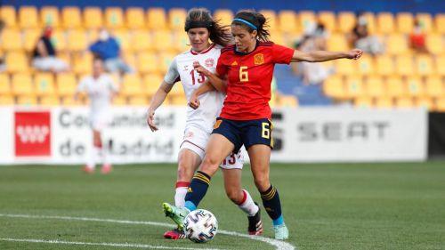 Fútbol: La Selección española femenina hace historia y se cuela entre las diez mejores del mundo