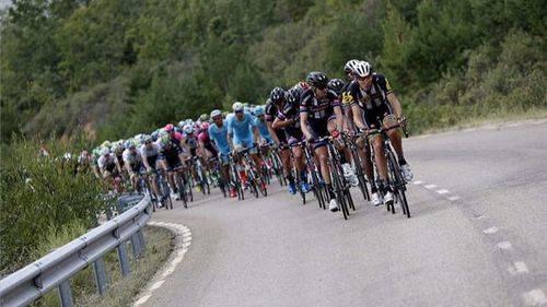 Una Vuelta Ciclista trepidante